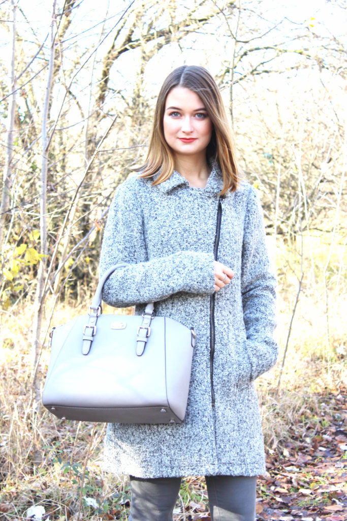 Grey in Grey: Michael Kors Tasche