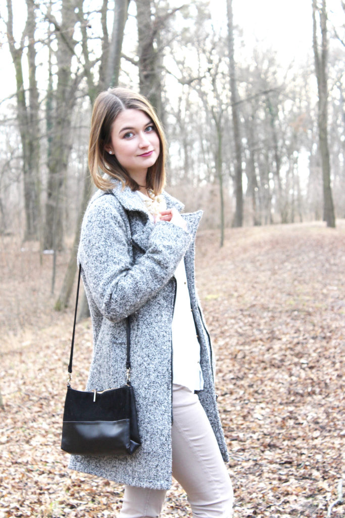 Outfit: Gold & Silber Details